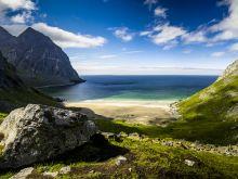 Pláž Kvalvika