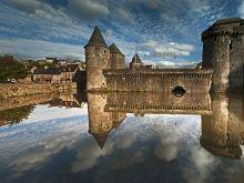 Pevnosť Fougueres